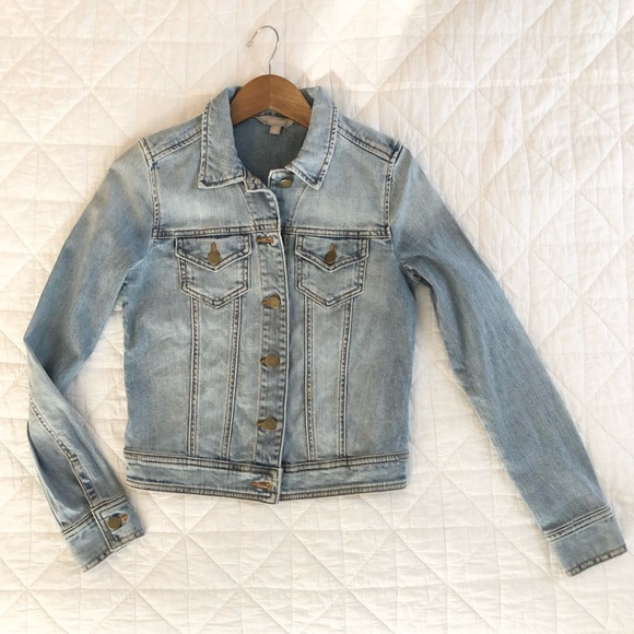 Rubbish Jackets & Blazers - NWOT XS Jean jacket, cropped and faded denim